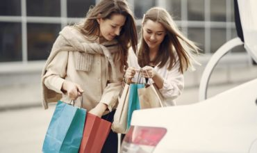 Increase Customer Lifetime Value: 5 Rewards Programs for Businesses